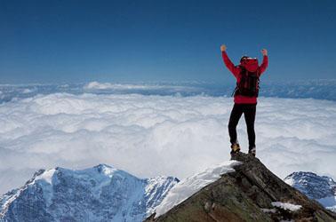 Está comprobado que la gente con los brazos alzados o extendidos tiene más posibilidades de ser exitosa.